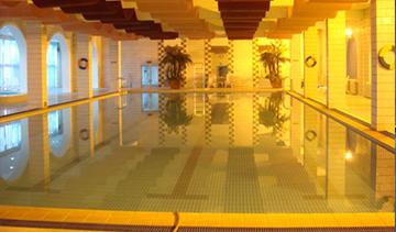 北京良乡北方温泉游泳池