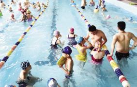 广州卫生部门对市内游泳场所进行突击检查9家水质不合格